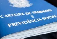 Taxa de desemprego fica estável em 12,2% em janeiro, diz IBGE
