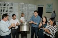 Wilson entrega reforma e ampliação de escola em Santo Inácio do Piauí