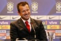 Dunga é apresentado como o novo técnico da Seleção Brasileira