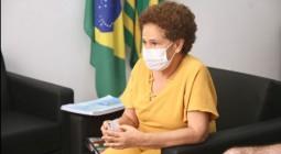 """Livro """"Influência Africana na Cultura Brasileira"""" será analisado para adoção nas escolas públicas estaduais"""