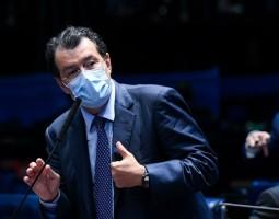 Eduardo Braga apresenta relatório sobre indicação de Kassio Marques para STF