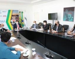 Governador Wellington Dias garante investimentos para aeroportos e aeródromos do Piauí
