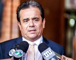 Henrique Pires diz que Regina Sousa não pode ser descartada de discussão sobre 2022