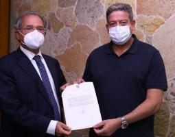 Lira quer texto de consenso entre Legislativo e Executivo na reforma tributária