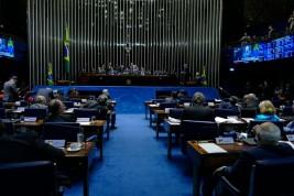 Pauta do Plenário tem voto distrital misto e mais recursos para saúde