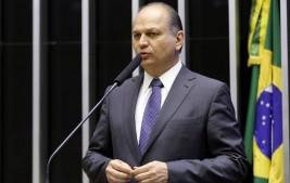 Reforma tributária não está enterrada, diz líder do governo na Câmara