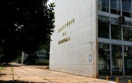 Governo revisa estimativa de deficit, que pode chegar a R$ 844,6 bilhões em 2020