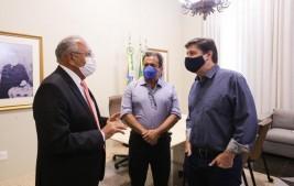 Baleia Rossi e Rodrigo Maia visitam Piauí