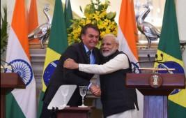 Bolsonaro pede urgência à Índia por vacina da AstraZeneca