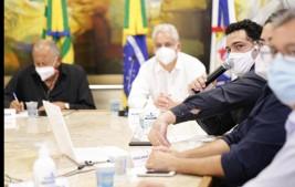 Prefeito assina decreto que agiliza licenciamento de obras em Teresina