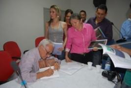 Em Uruçuí, Magno Pires lança livro e fala sobre as potêncialidades dos cerrados Piauienses