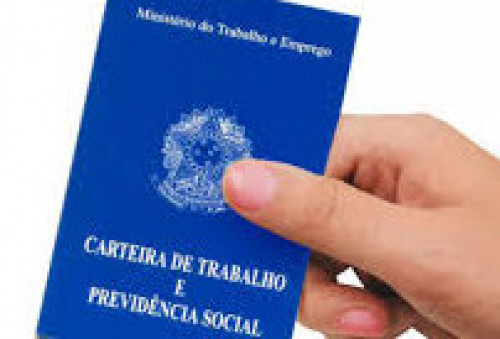 Brasil cria mais de 790 mil vagas com carteira assinada em 2018