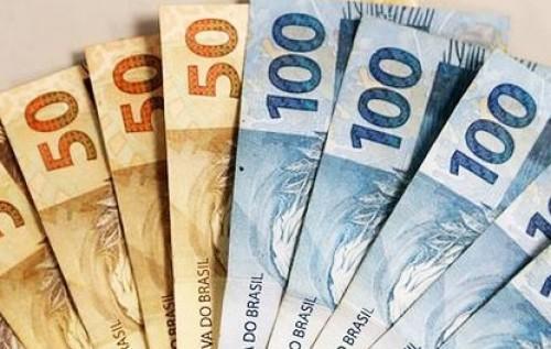 Governo paga R$ 2,7 bi em abono salarial em fevereiro