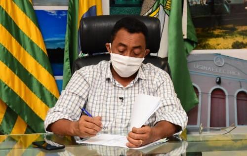 Joel Rodrigues mantém medidas de isolamento social em Floriano