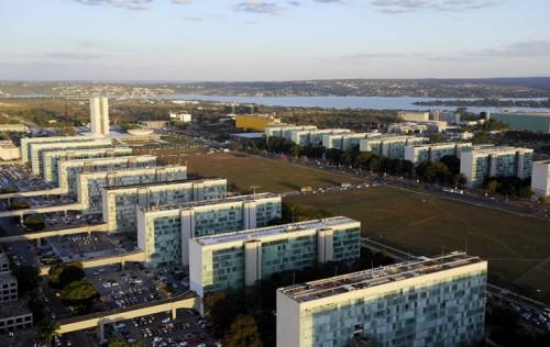 Pandemia vai provocar 'deficit substancial' em 2021, aponta nota técnica