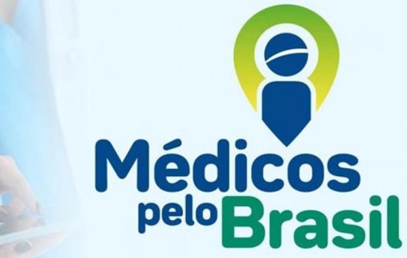 Presidente Bolsonaro sanciona Lei do Médicos pelo Brasil