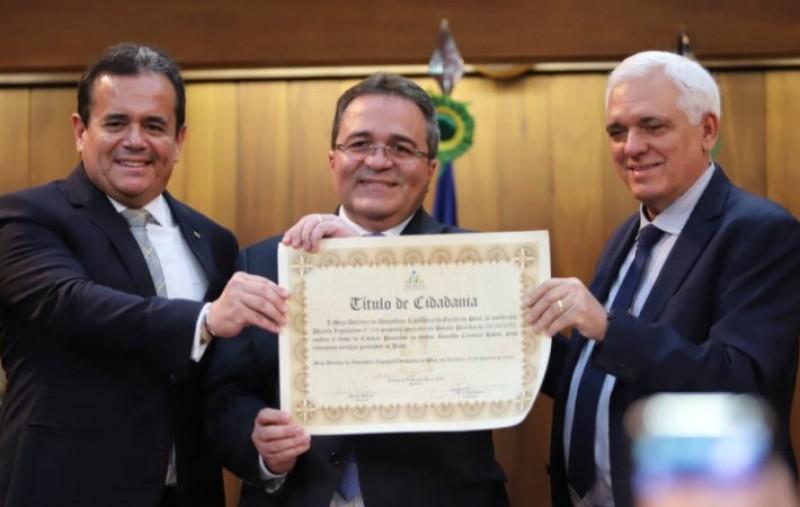 Presidente do Banco do Nordeste recebe título de cidadão piauiense