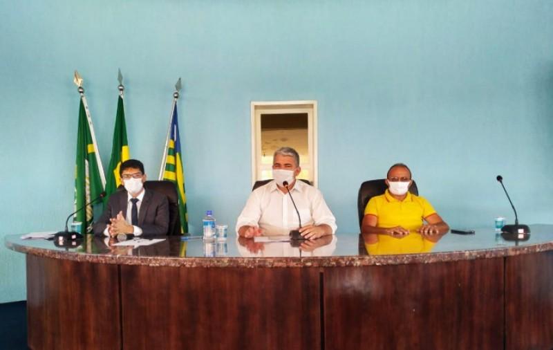 Gustavo Ferro participa de audiência para balanço das ações da Educação durante a pandemia