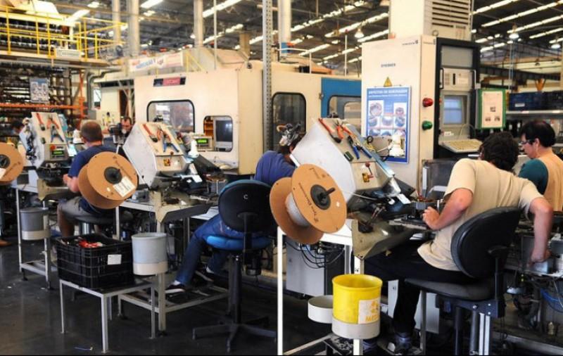 Mais de 313 mil empregos foram criados em setembro