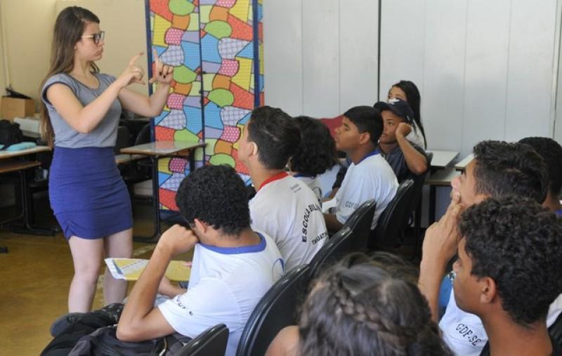 MEC investe R$ 257 milhões para ações de formação de professores e assistência de Sala de Recursos Multifuncionais