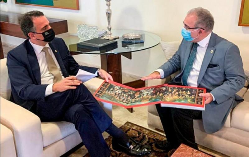 Pacheco apresenta a ministro da Saúde projetos que podem contribuir para vacinação