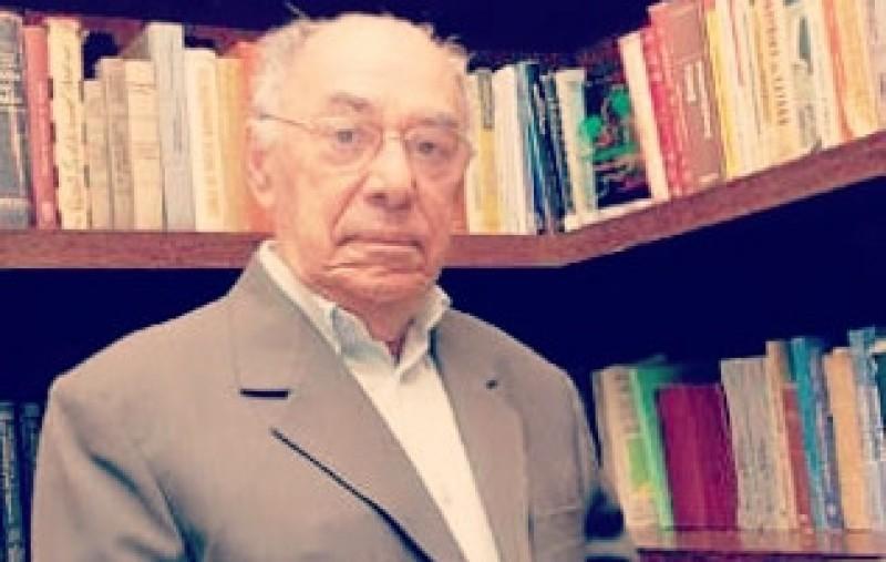 Celso Barros Coelho (1922-) segue pleno, lúcido e atuante aos 99 anos de vida.